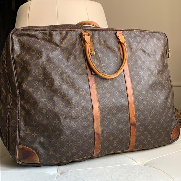 11635a6376bd Louis Vuitton Handbags - Louis Vuitton vintage suitcase